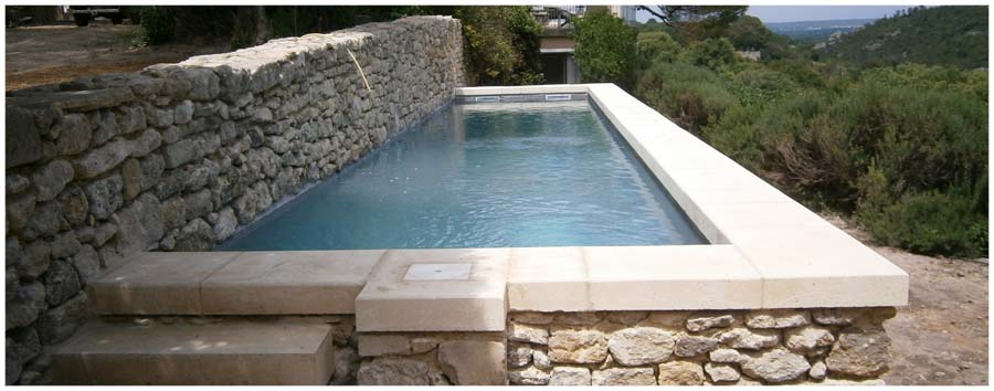 Atek ma onnerie de qualit dans le gard r alisation de for Construction piscine 79